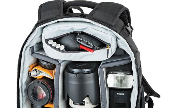 Lowepro Flipside 400 AW II Includes removable padded accessory pouch