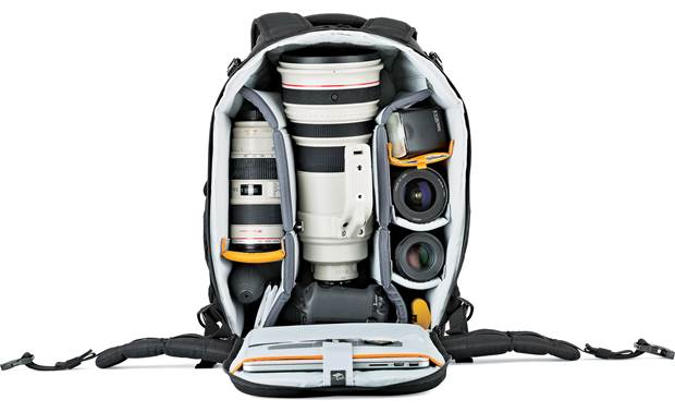 Lowepro Flipside 500 AW II Remove storage pouch to make room for extra gear (contents not included)