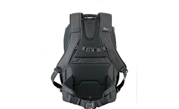 Lowepro Flipside 500 AW II Chest and waist closure for added security