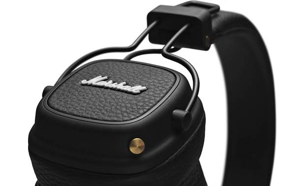 Marshall Major III Bluetooth® Close-up of earcups