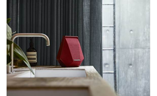 Dynaudio Music 1 Red - optimizes sound to the shape of the room