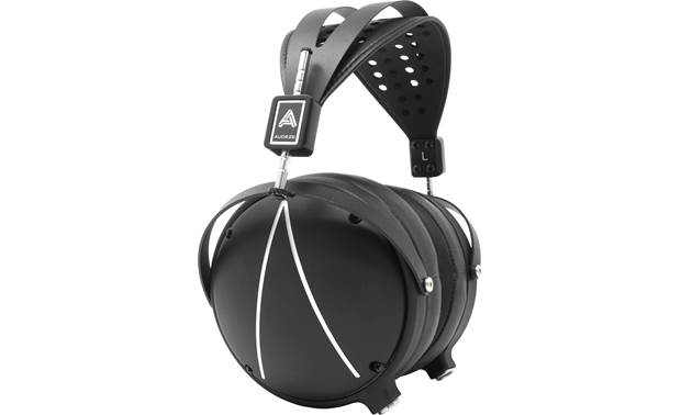 Audeze LCD-2 Closed-back Planar magnetic drivers offer three-dimensional sound with great clarity and dynamics