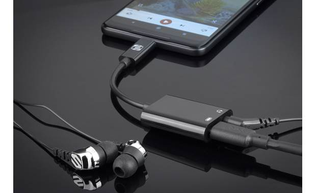 Scosche CAAP StrikeLine™ Listen to music and charge your smartphone at the same time