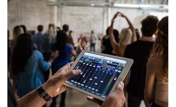 Soundcraft Ui24R control app on tablet