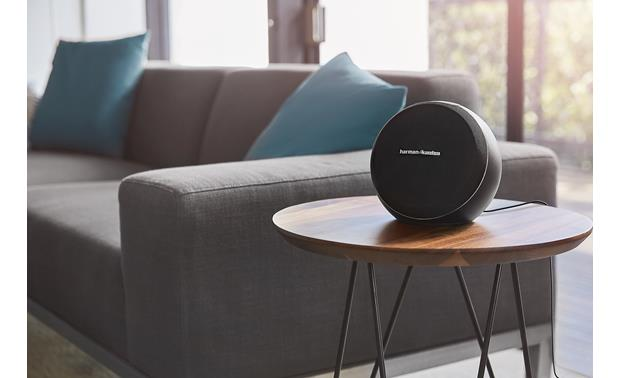 Harman Kardon Omni 10+ Black - rich, room-filling sound