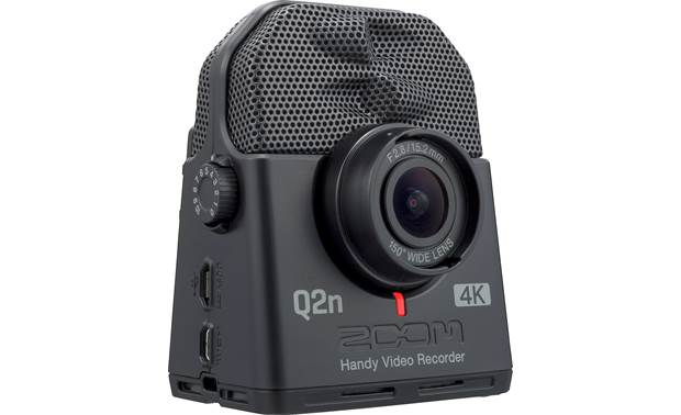Zoom Q2n-4K Handy Fixed f/2.8 wide-angle lens