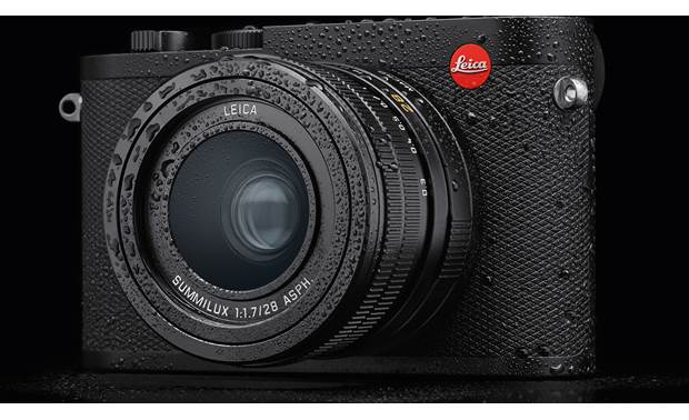 Leica Q2 Camera Weather-sealed for shooting in adverse conditions