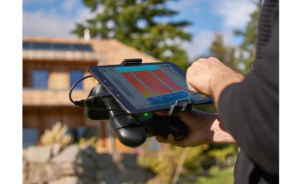 Parrot Bebop-Pro Thermal Included Skycontroller 2 is designed to dock with Android™ tablets (not included)