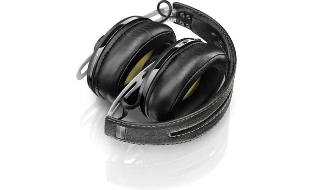 Sennheiser Momentum Over-ear Wireless Collapsible folding design