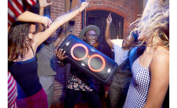JBL PartyBox 300 Built-in battery lasts up to 18 hours