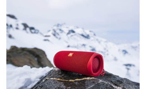 JBL Flip 5 Red - use in snow, sand, or water