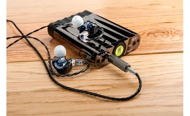iFi Audio xCAN Versatile built-in amp for driving in-ear and over-ear headphones