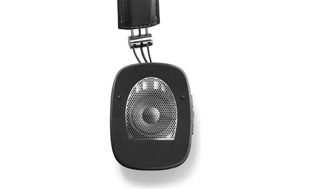 Bowers & Wilkins P7 Wireless Earpad removed to show driver