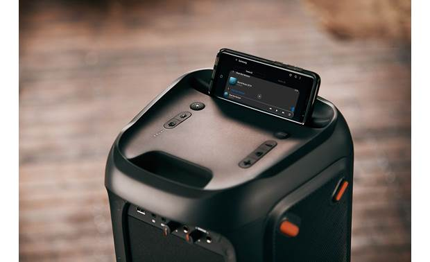 JBL PartyBox 100 Integrated slot for your mobile phone