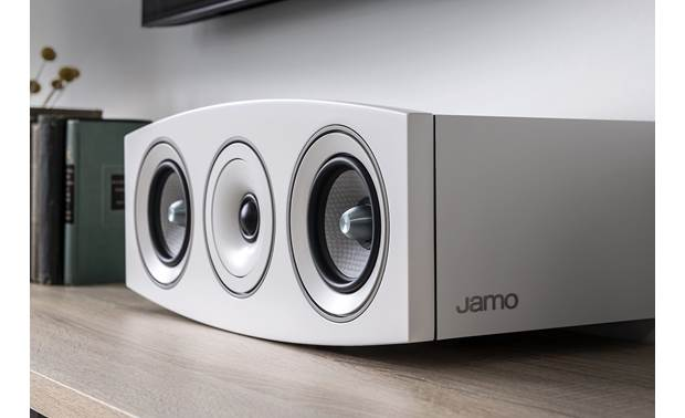 Jamo Concert 9 Series C 9 CEN II Angled view with grille removed