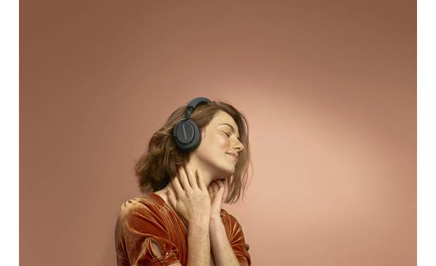 Bowers & Wilkins PX5 Wireless Music plays wirelessly via Bluetooth 5.0