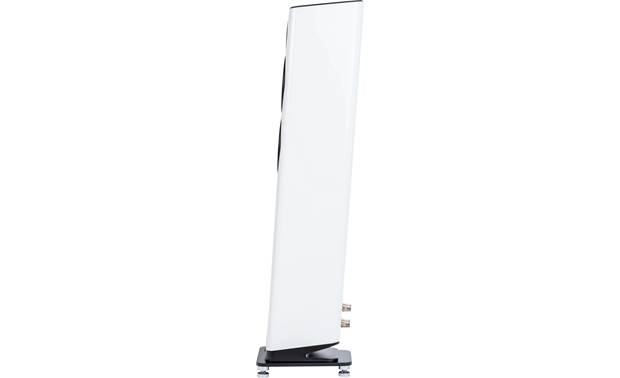 ELAC VELA FS 407 Angled cabinet improves high-frequency distribution and stereo imaging