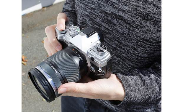 Olympus OM-D E-M5 Mark III Kit Intuitive buttons and dials allow easy access to your most important settings
