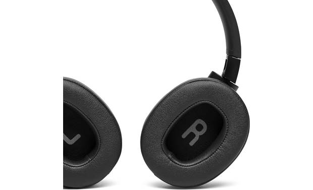 JBL Tune 750NC Well-padded earcups