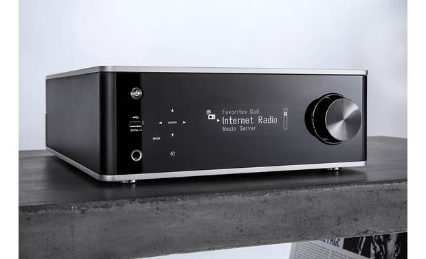 Denon PMA-150H Bright, clear OLED display