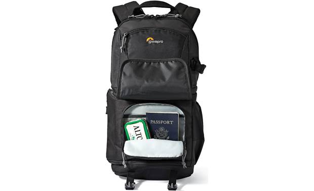 Lowepro Fastpack BP150 AW II Bottom compartment holds small items