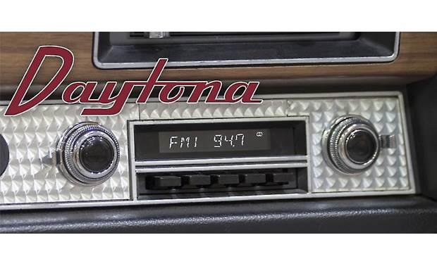 RetroSound Daytona M4 Shown with black push buttons and black/chrome knobs, parts that are free with your Daytona purchase