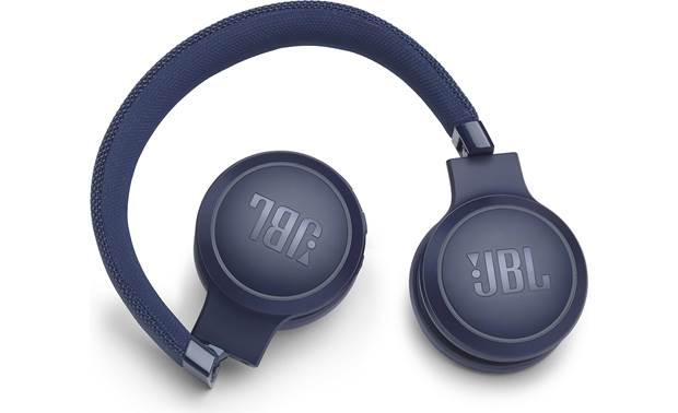 JBL Live 400BT Folding design for easy storage