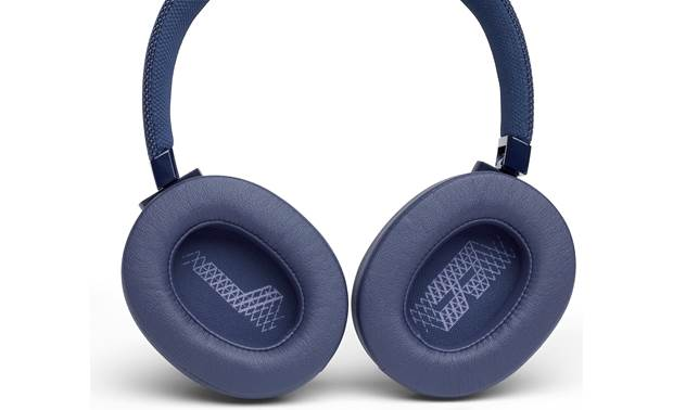 JBL Live 500BT Rotating, padded, over-the-ear earcups