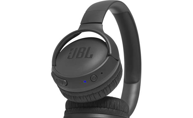 JBL Tune 500BT Bottom