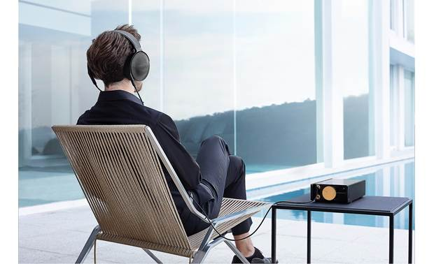Sony DMP-Z1 Signature Series Enjoy exceptional sound anywhere