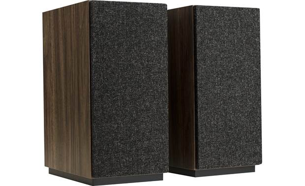 Jamo S 803 HCS Home Cinema System Front speakers with grilles on