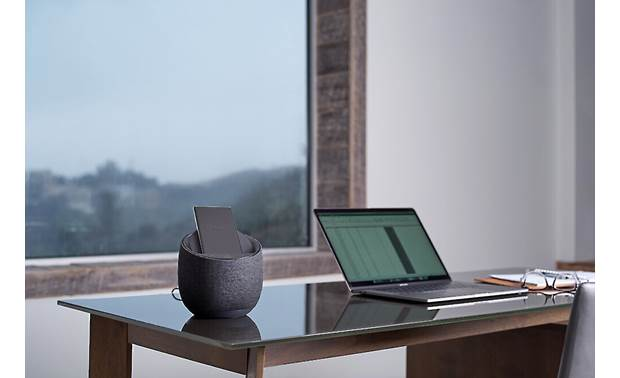 Belkin SOUNDFORM™ ELITE Hi-Fi Smart Speaker + Wireless Charger Wireless charging and Bluetooth connectivity (smartphone and laptop not included)
