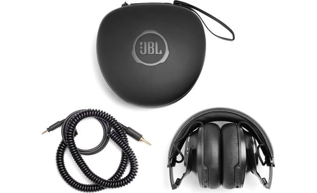 JBL CLUB ONE Included case and cable