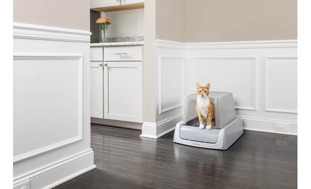 PetSafe ScoopFree® Covered Self-Cleaning Litter Box, Second Generation Front