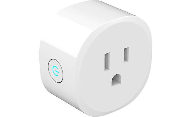 Brilliant Smart Plug Compact design won't block other outlets