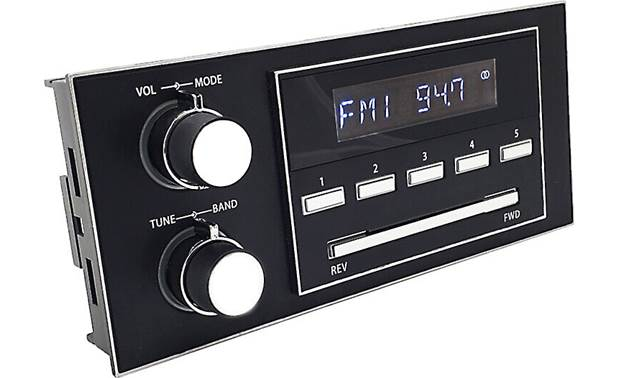 "RetroSound New York M4 A modern car stereo that fits many vehicles of a ""certain age"""