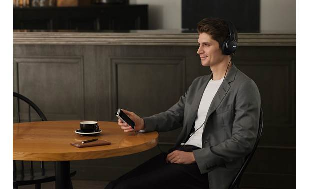 Sony NW-ZX507 Walkman® Enjoy high-res audio with high-performance headphones (available separately)