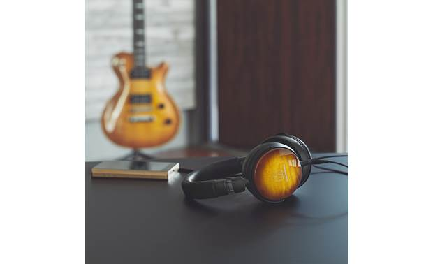 Audio-Technica ATH-WP900 Earcups finished in flame maple by Japanese guitar manufacturer Fujigen
