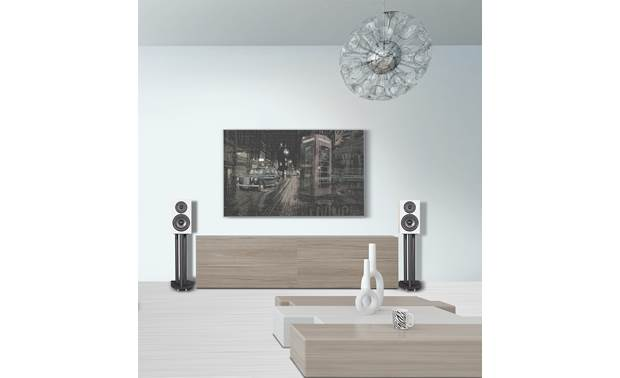 Wharfedale Diamond 12.0 Place them on stands for optimal sound