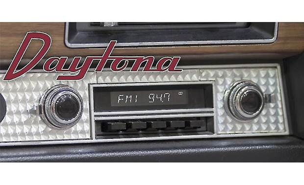 RetroSound Daytona M1A Shown with black push buttons and black/chrome knobs, parts that are free with your Daytona purchase
