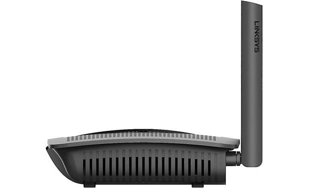 Linksys EA7450 Side