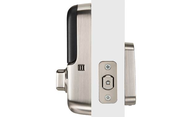 "Yale Real Living Assure Lock SL Key-free Touchscreen Deadbolt (YRD256) with Connected by August kit Powered by 4 ""AA"" batteries"