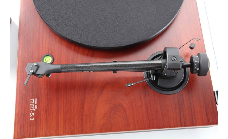 Music Hall MMF-5.3SC Special Edition Carbon Fiber Top view of tonearm