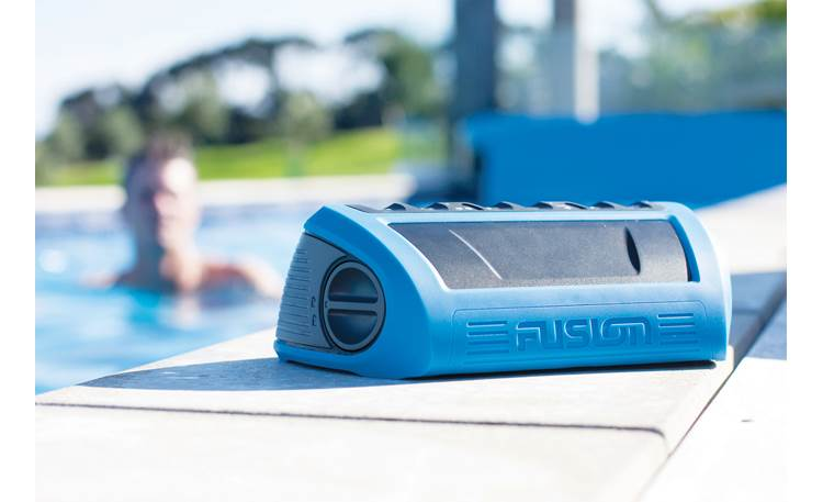 Fusion StereoActive Perfect for poolside