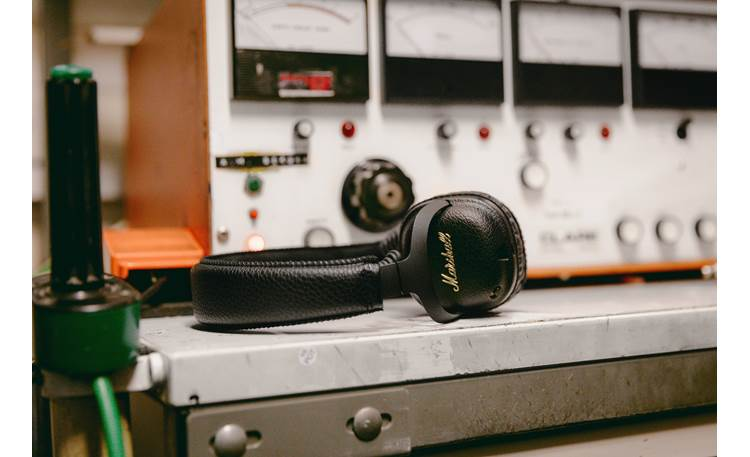 Marshall Mid A.N.C. Active noise cancellation helps reduce external noise