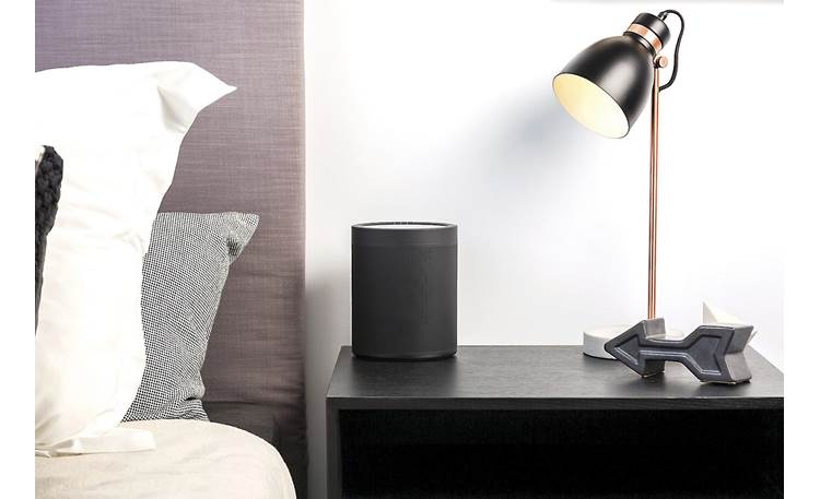 Yamaha MusicCast 20 (WX-021) Black - built-in alarm function makes it great for your nightstand