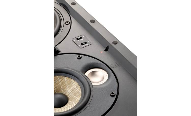 Focal 300 IW6 LCR Built-in frequency level controls