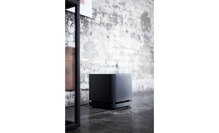 Bose Bass Module 500 Connects wirelessly to sound bar for flexible placement