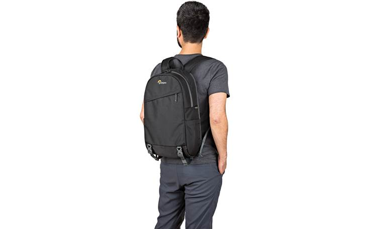 Lowepro m-Trekker BP 150 Keep camera gear safe in a comfortable backpack