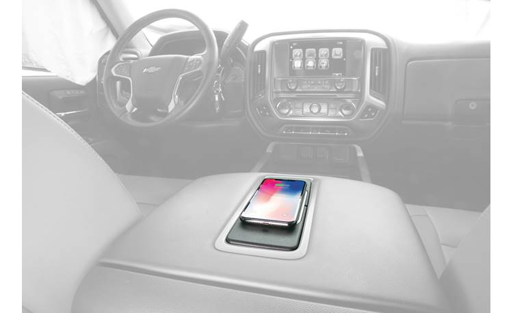 Scosche GMQ02 Fits right into center armrest console (phone not included)